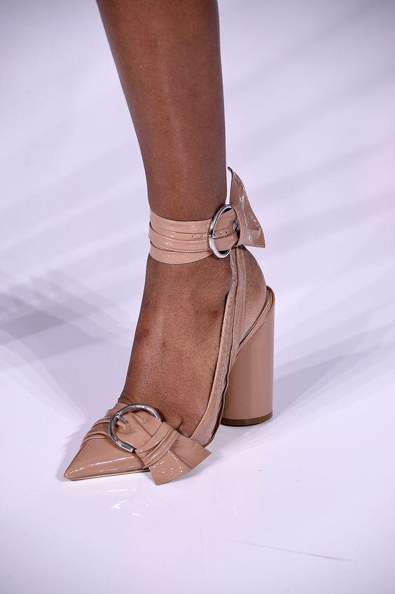Vai bombar: os dez modelos de sapatos mais legais da Paris Fashion Week