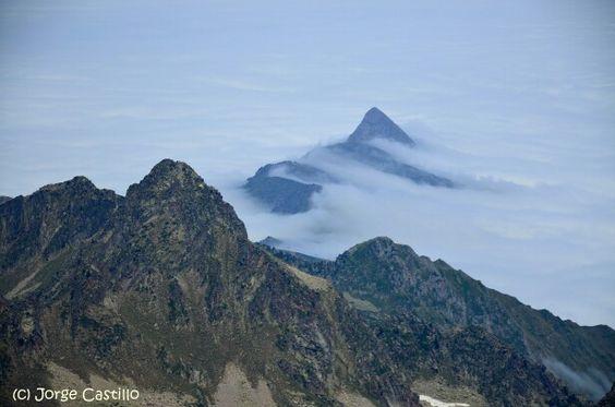 Luz-Ardiden desde la cima del pico Ardiden, Francia