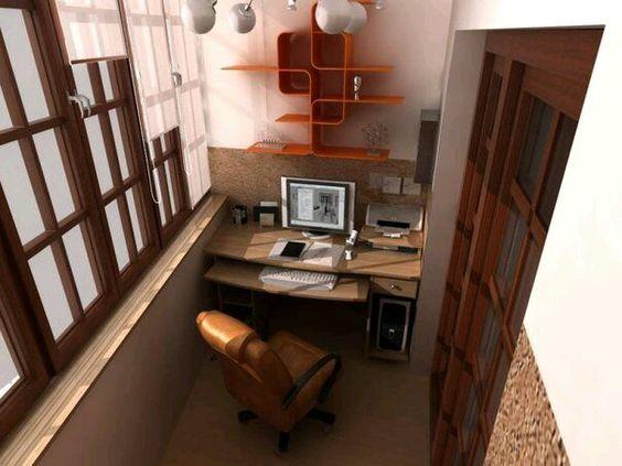 Pequeno escritorio na varanda