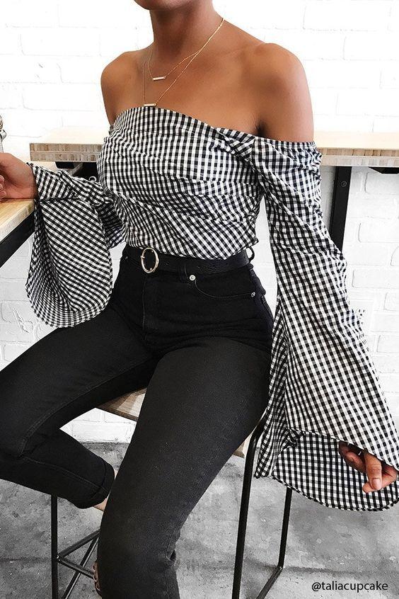 10 Tendências de moda 2017 #1 in Alone With a Paper  Off The Shoulders  *Clique para ver post completo*