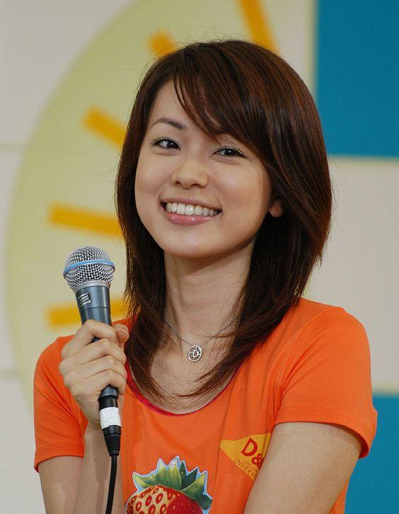 本田朋子オレンジTシャツ着て可愛い画像