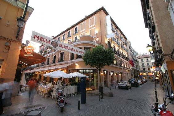 Great Hotel in a cool neighborhood in the heart of Madrid. Hotel Victoria 4 en Madrid