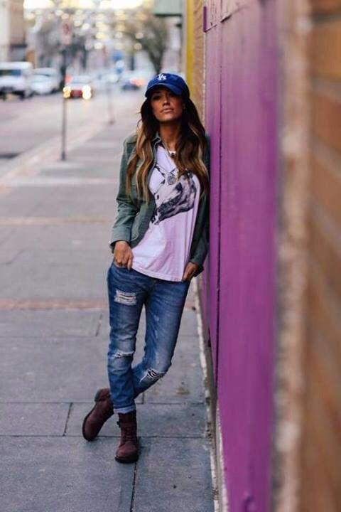 Hat and ripped jeans: