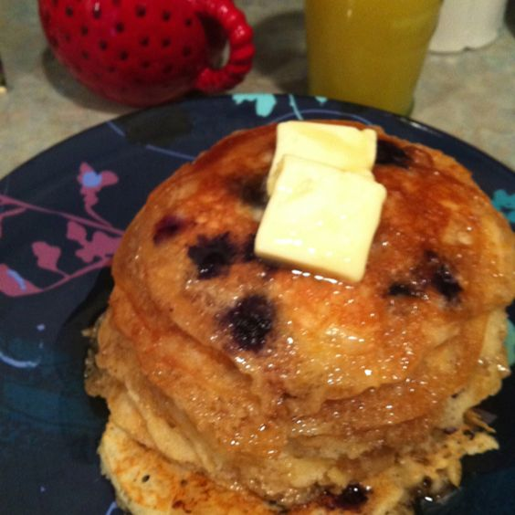 Lemon Blueberry Buttermilk Pancakes: light as air and sunshiney. A hit ...