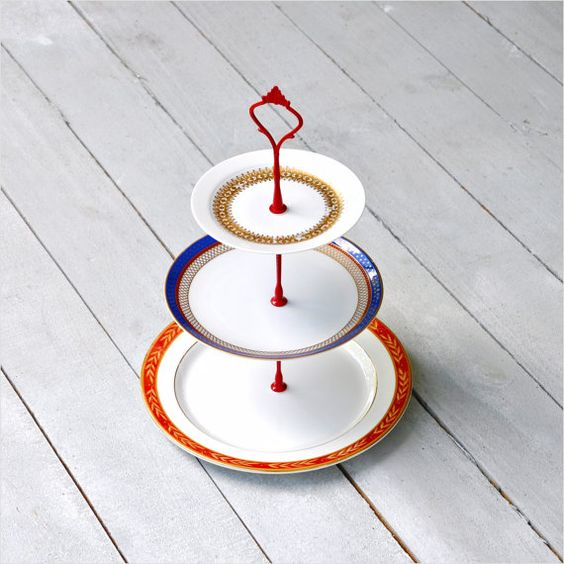 East Chop Cake Stand 3 Tier  Vintage China par freshpastrystand, $146.00