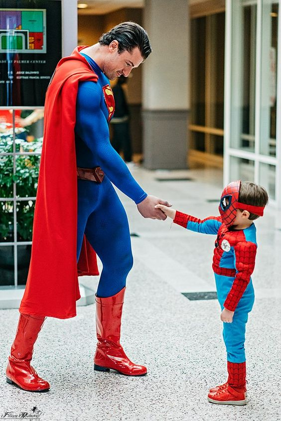 Superman Shakes Spiderman's Hand Cosplay by PhoenixForce85 on DeviantArt