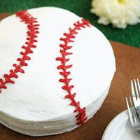 Batter up! What a yummy way to celebrate the start of the new baseball season.