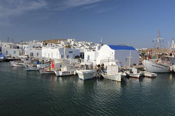 der kleine Fischerhafen von Naoussa