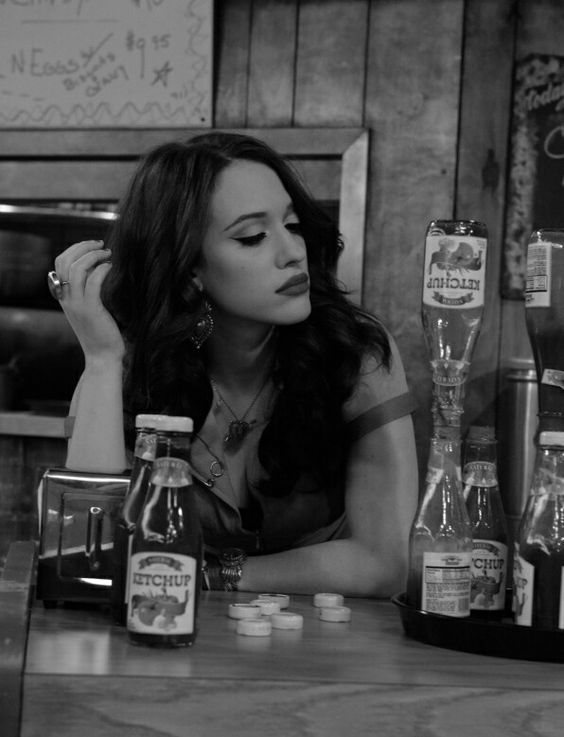 """Photo by Nola Anderz of Max (Kat Dennings) from the episode """"And the great unwashed"""" of 2 Broke Girls"""