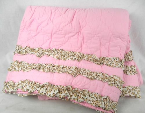 Company Kids Leopard Ruffle Quilt Multi Full/Queen Quilt Pink NWT #2710KCZ CX04
