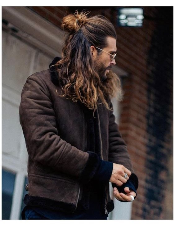 long hairstyles for men in 2021