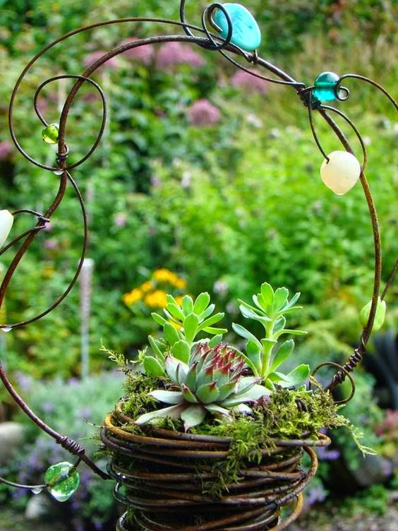 Beth Wright Designs, Beautiful Garden Idea!