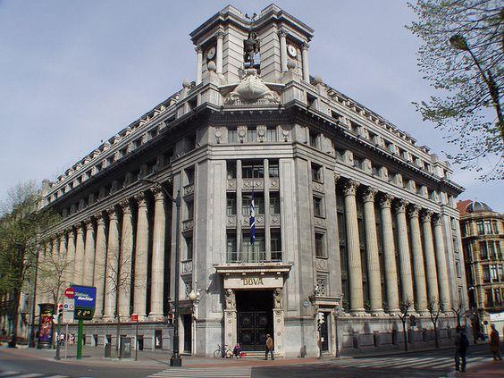 Edificio banco de bilbao bilbao pinterest campo for Casas del banco bbva