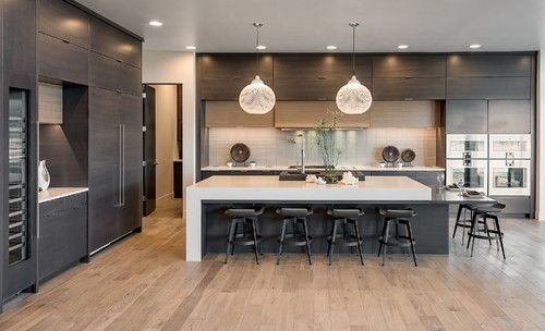 Inspiration For A Large Modern Single Wall Light Wood Floor And