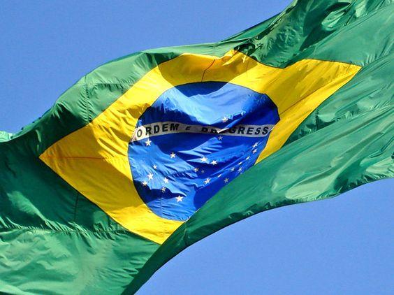 IBGE revê taxa de crescimento da economia em 2011 para 3,9% - http://bit.ly/1xcVwo5  #Economia - #Bens, #Crescimento, #Economia, #IBGE, #PIB, #Serviços