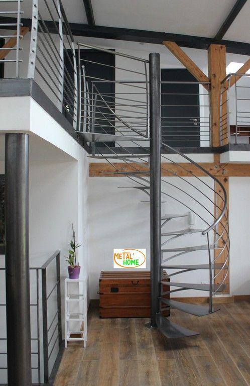 Escalier Helicoidal Metal Brut Loft Escalier Escaliers Metal