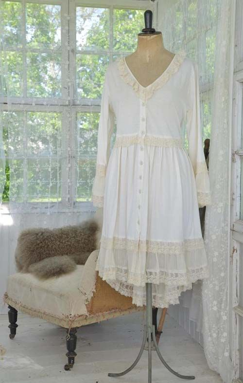 Charming Vintage Cream Dress from Jeanne d'Arc Living ~ available in the UK from www.bettyandviolet.com