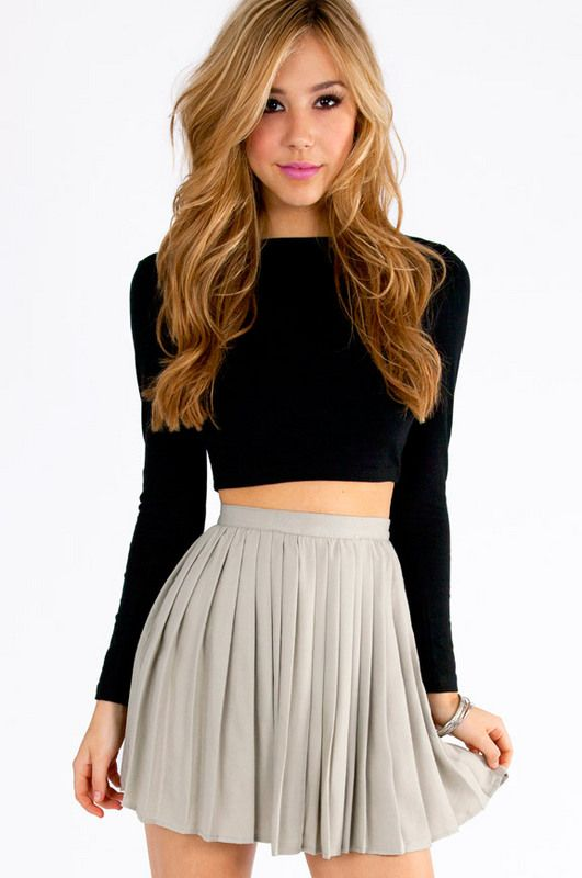 Chilton Pleated Skirt. But I wouldn't want my belly showing.. But I love this!
