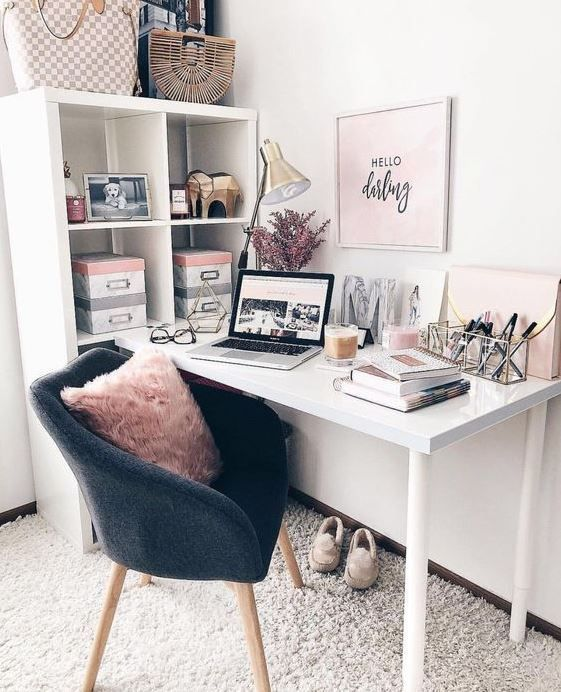 Cute Desk Decor Ideas For Your Dorm Or Office Desk Decor Ideas Cute Chic Office Cute Desk Decor Room Decor Home Office Design