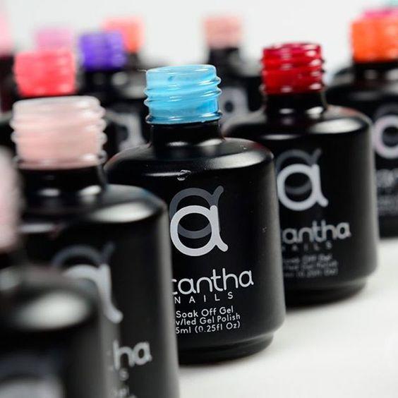 Nuestra paleta de colores #AcanthaNails abarca tonos fríos y cálidos. Tu…
