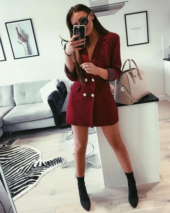 "14.3k Likes, 121 Comments - ⠀⠀⠀⠀⠀⠀⠀⠀⠀ SARAH ASHCROFT (@sarahhashcroft) on Instagram: ""💅🏼 blazer dress from @misspap #misspap #ad"""
