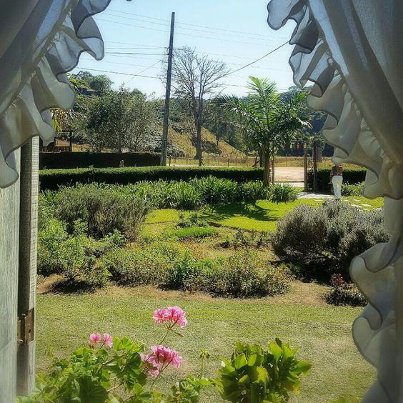 Da janela da Lúcia  - Marieta Delicatesse  - Rota do Lagarto  - Pedra Azul ES  - Julho 2016
