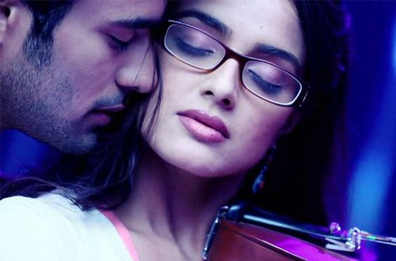 Most Romantic Shayari Ever - Top 50 Love Shayari To Impress Your Love Partner - Girlfriend, Boyfriend, Wife And Husband