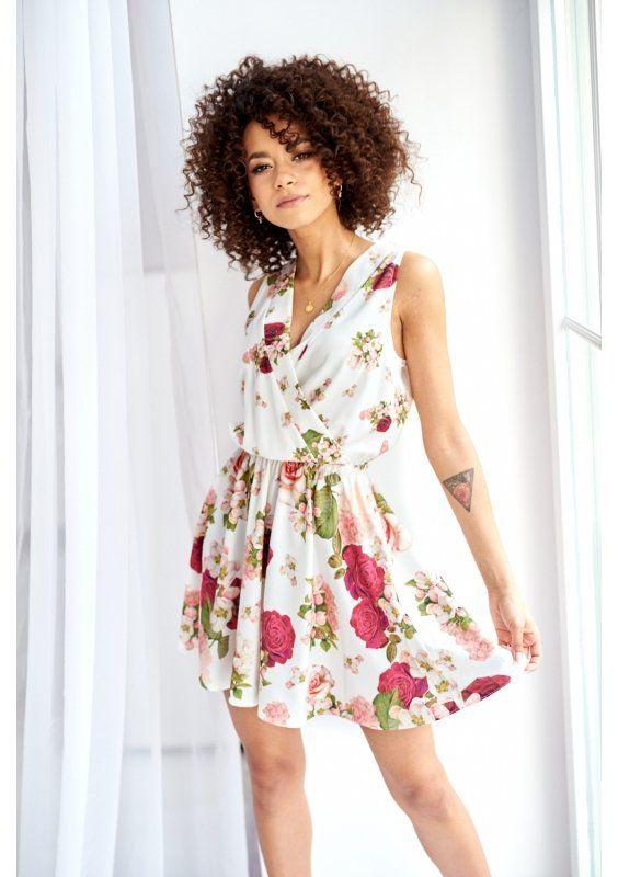 Rozkloszowana Sukienka W Kwiaty Na Wiosne Fashion Graduation Dress Dresses