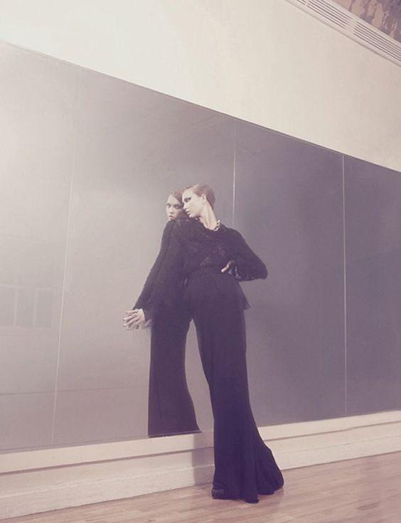 Pas de deux | Karlie Kloss | Dusan Reljin #photography | Vogue Deutsch December 2008