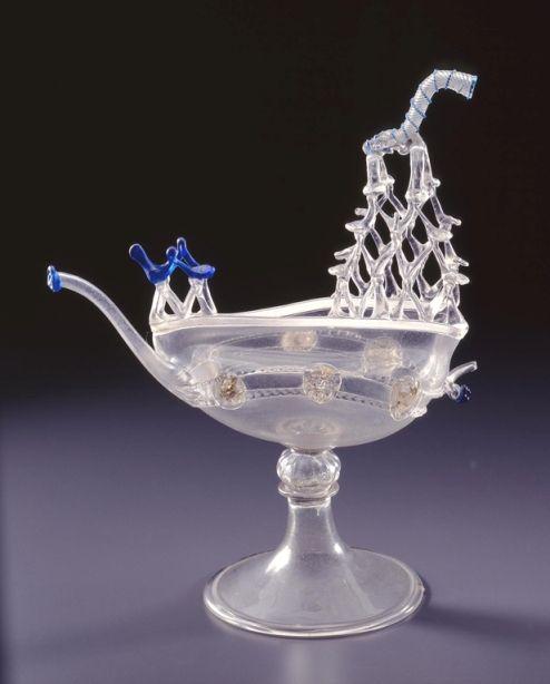ваза из бесцветного муранского стекла: