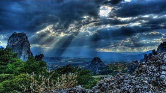 First light: Ένα από τα πιό εκπληκτικά video που έχουν γυριστεί για την Ελλάδα από Έλληνες!