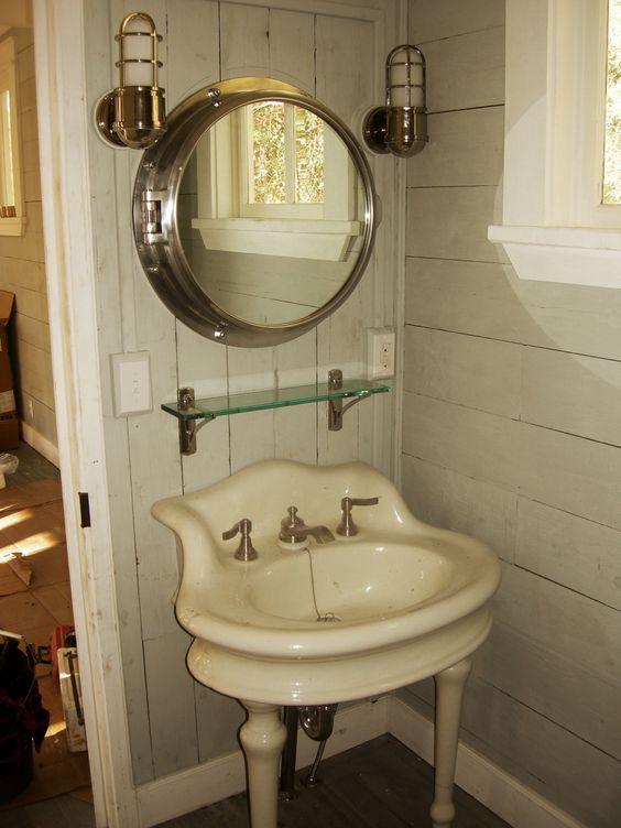 tiny texas house bathrooms | Tiny Texas Houses