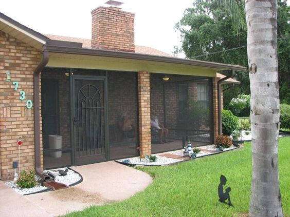 Pictures of patio and porch enclosures orlando central for What is a lanai in a house