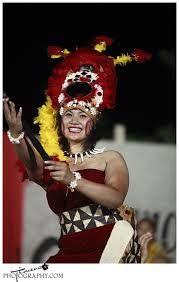 Samoan Taupou performing the Taualuga.