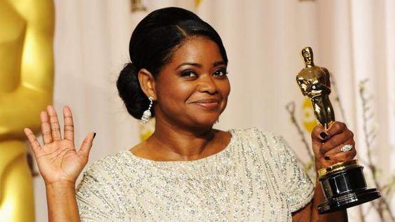 """Octavia Spencer interpretara """"Deus"""" na adaptação do livro A Cabana  Mais Informações http://bit.ly/SAadaptaçãoacabana"""