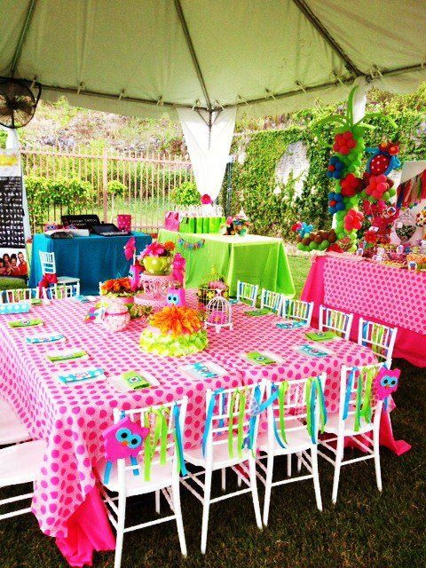 Owl party i love the pink polka dot table cloth for Polka dot party ideas