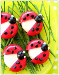 Babybel Cheese Ladybugs! very creative snacks  here for Meatless Mondays! Via aroundtownkidsfrisco.com