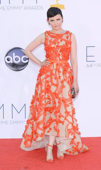 """Pixie in Orange – Ginny Goodwin """"Once Upon a Time"""" – I actually like this dress. She's always so tapered and wearing daring colors for her porcelain complexion. #eRedCarpet"""