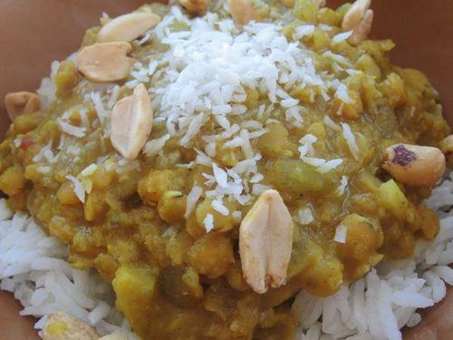 Kokoslinsen Recipe - Coconut Lentils Over Rice: Vegetarian Coconut Lentils over Rice
