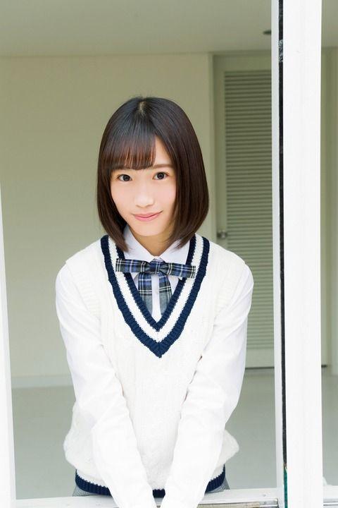 アイドルグループ「乃木坂46」の4期生の遠藤さくらさん、田村真