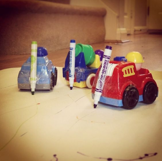 This afternoon we combined two of our favourite things here at Clare's Little Tots – cars and drawing. The results were a beautiful masterpiece and lots of fun. This simply play activity took a few minutes to set up, costs nothing and is done using things you'll already have around the house. What you need: Toy...