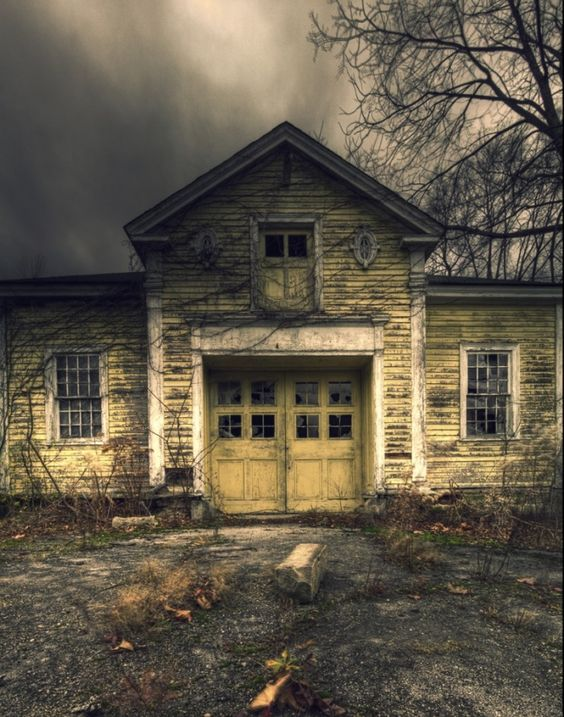 Haunting Homes Ohio 39 S Abandoned Country Houses In