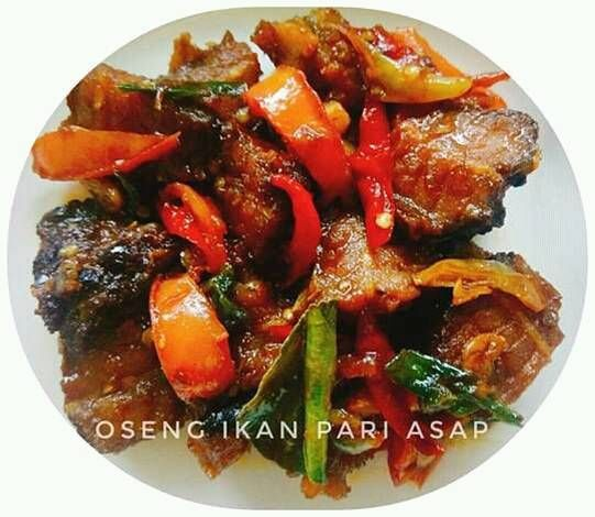 Resep Oseng Ikan Pari Asap Iwak Pe Oleh Enny Fitriana Resep Makanan Babi Asam Manis Makanan Dan Minuman
