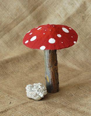 Paper Mache Mushrooms from popular Canadian blog, thatartistwoman.org