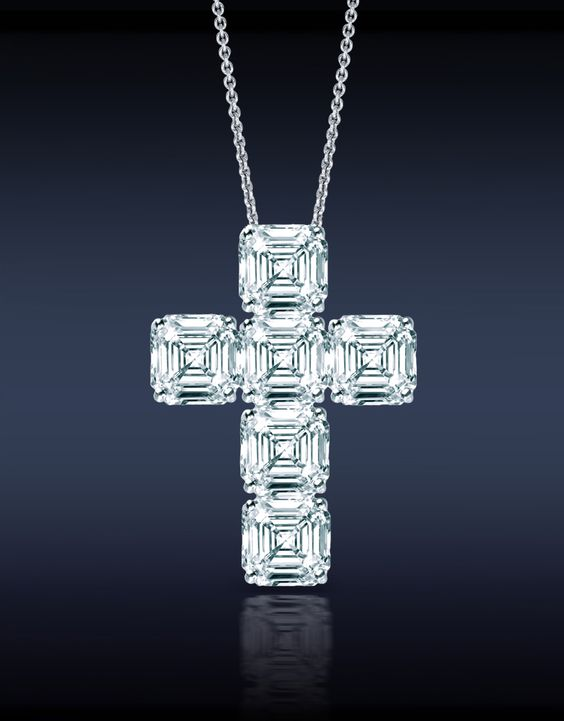 Jacob & Co. An Elegant Asscher Cut Diamond Cross Pendant, Mounted in 18K White Gold.