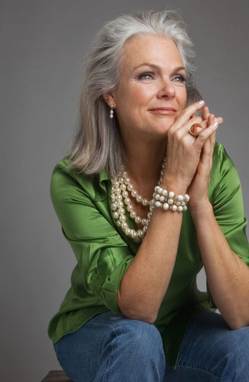 Love the green with the pearls!  And the silver hair: