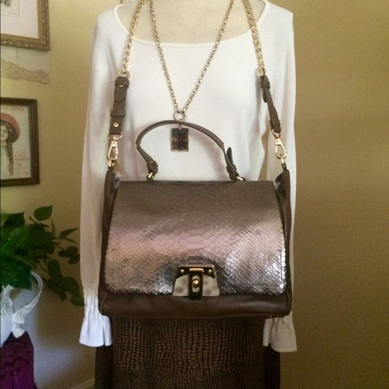 Additional Photos of Be&D Handbag Please see original listing. Be&D Bags Shoulder Bags
