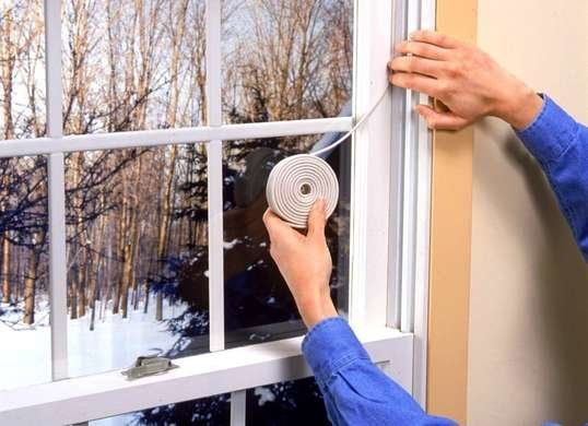 Drafty Windows Solutions For Every Budget In 2020 Drafty Windows Caulking Windows Drafty