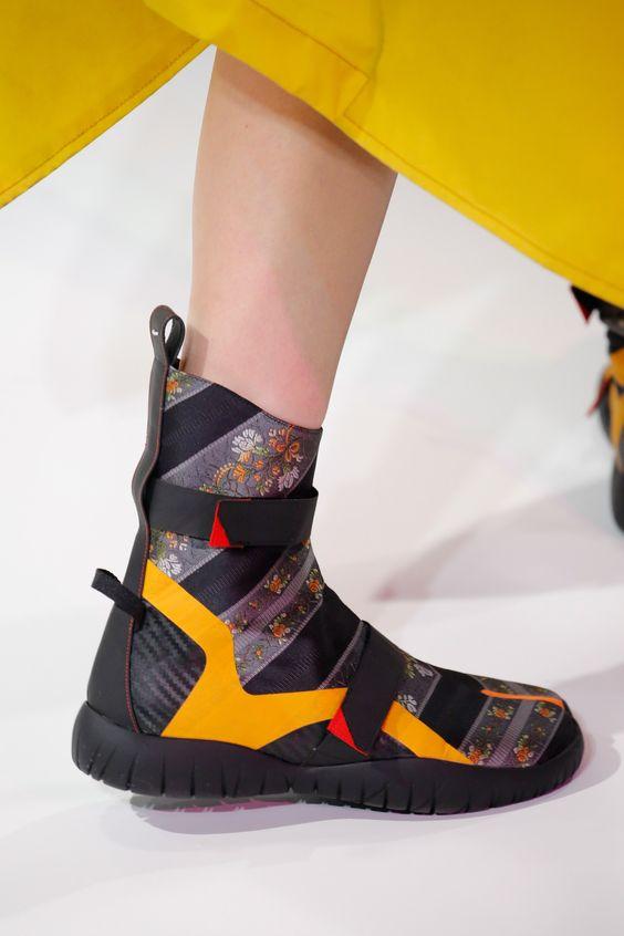 Maison Margiela Spring 2017 Ready-to-Wear Accessories Photos - Vogue