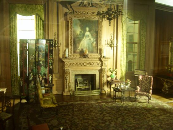 Incredible miniature room display done by a master miniaturist
